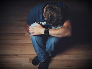 man 2734073 640 Diferencia entre Ansiedad y Depresión