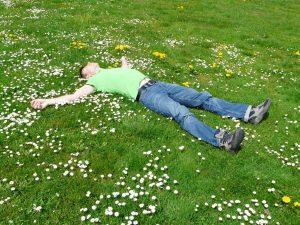 rest relax concerns cozy sleep man person human 1149468 Astenia primaveral